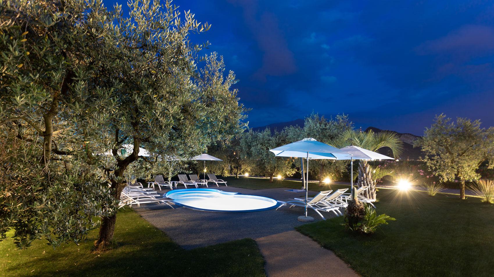 Agriturismo-con-piscina-Il-Melograno-Arco